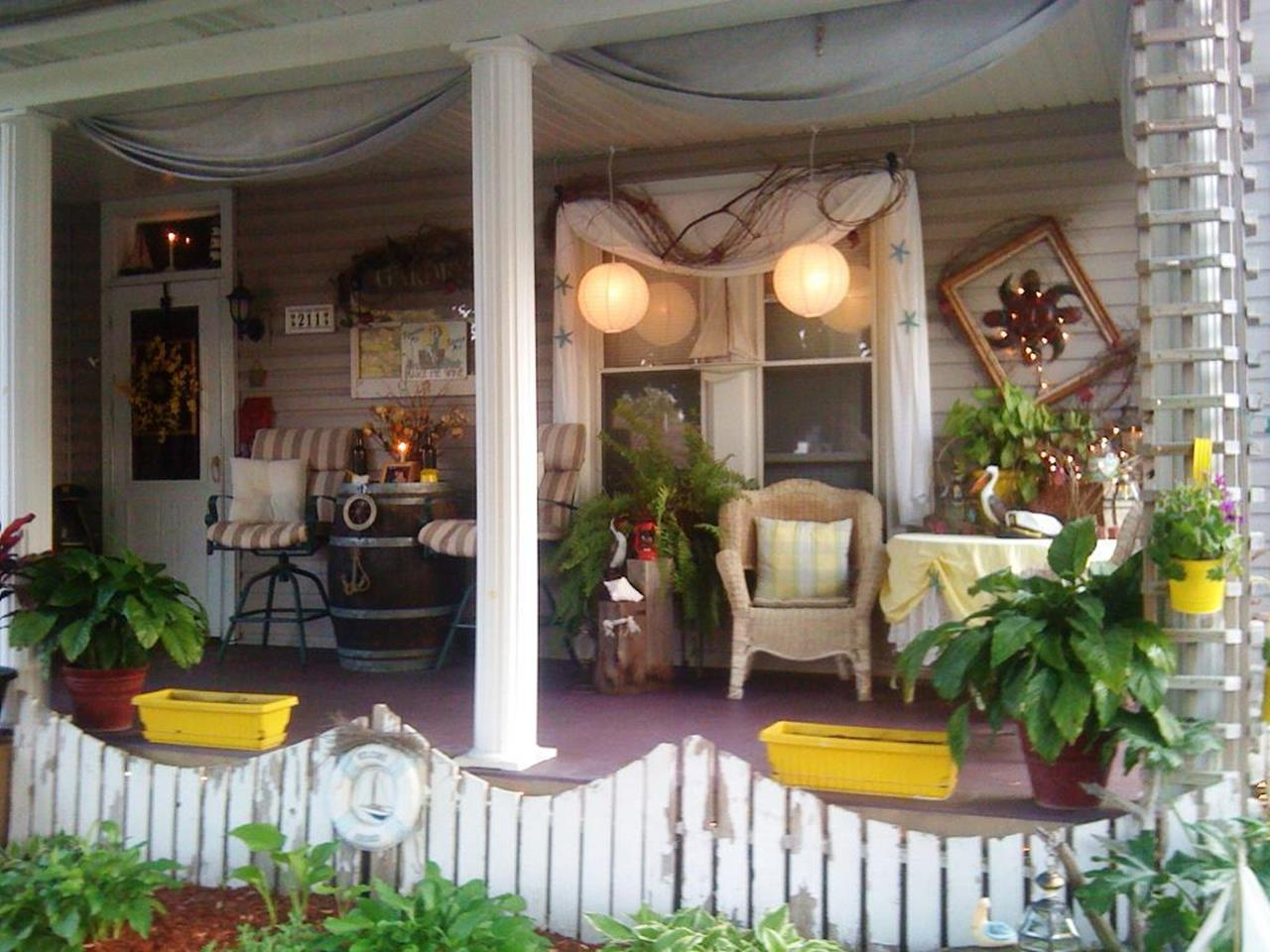Country Front Porch Spring Decorating Ideas 36 Decorelated